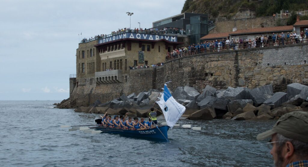 Alzola a Donostia Enbata ARC1 Ganadora Bandera Aguas Alzola