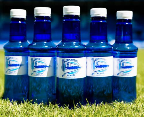 Alzola Basque Water es proveedor oficial del Deportivo Alavés